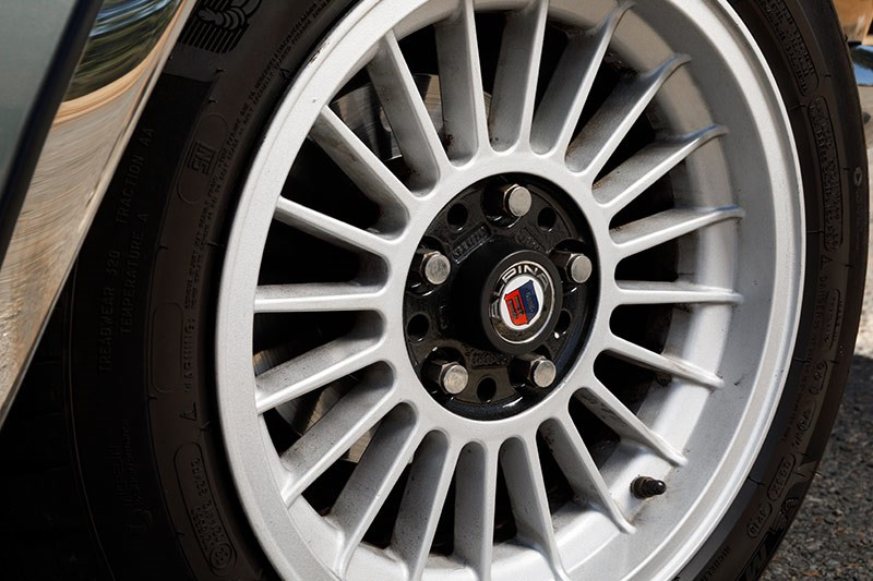 bmw csi wheel