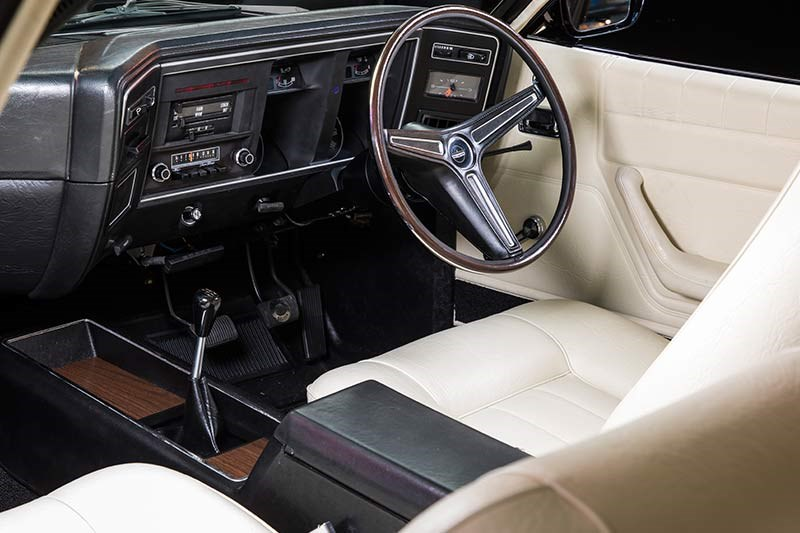 ford falcon xa gt rpo83 sedan interior