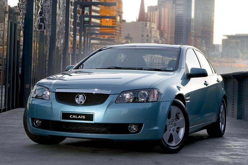 holden commodore calais