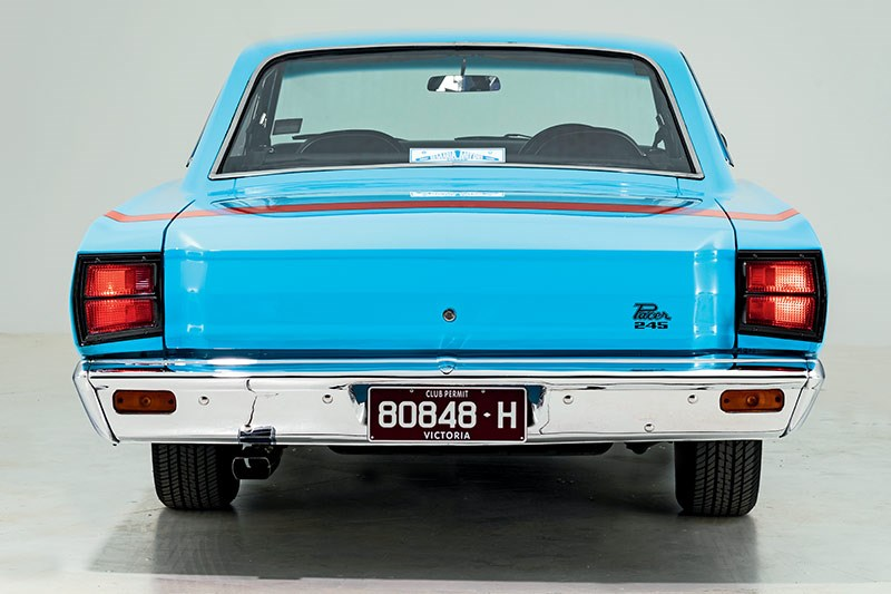 valiant pacer rear 2