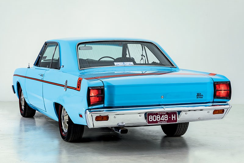 valiant pacer rear