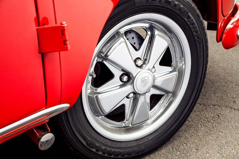 vw kombi wheel