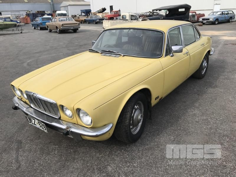 Mason Grays Jaguar XJ6