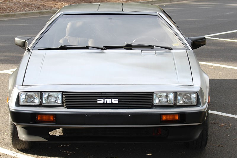 delorean front
