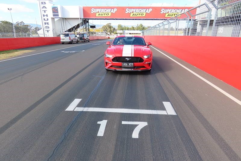 ford mustang at bathurst 3