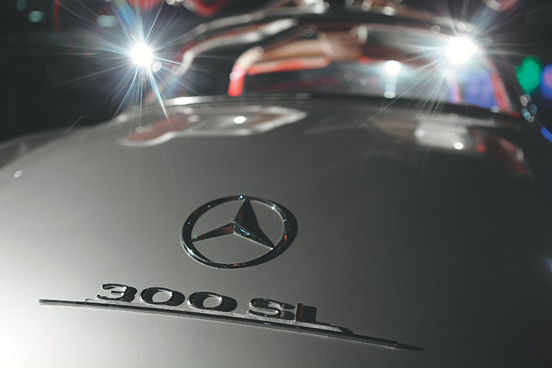 mercedes benz 300sl badge 2