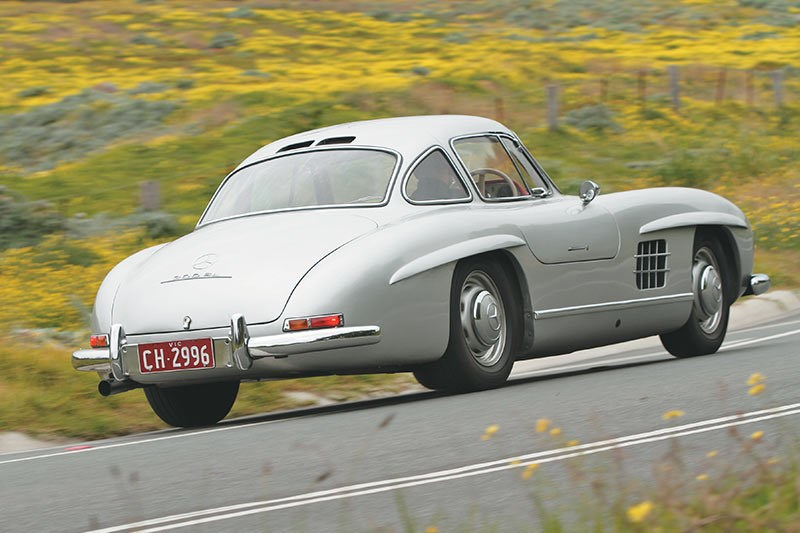 mercedes benz 300sl onroad rear