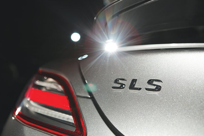 mercedes benz sls amg badge