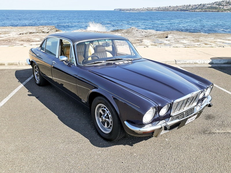 1977 jaguar xj12 series ii 1911