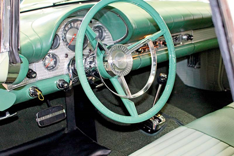 ford thunderbird interior 2