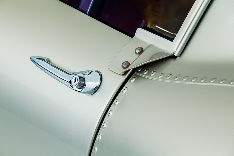 jaguar etype lightweight doorhandle