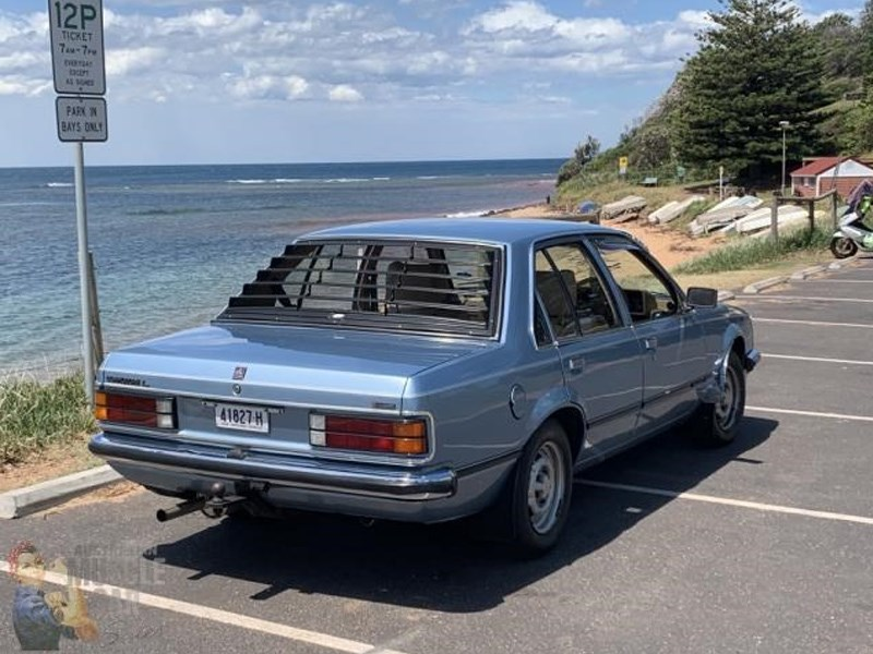 vc commodore rear side
