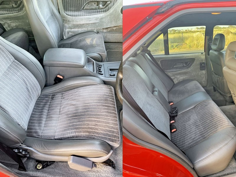 EB Falcon interior seats