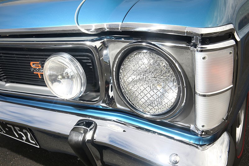 falcon xw gt headlight