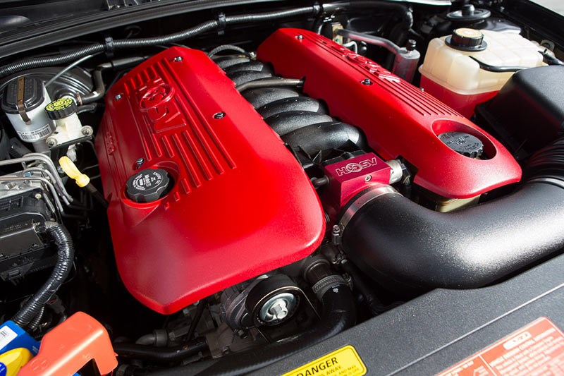 hsv engine bay