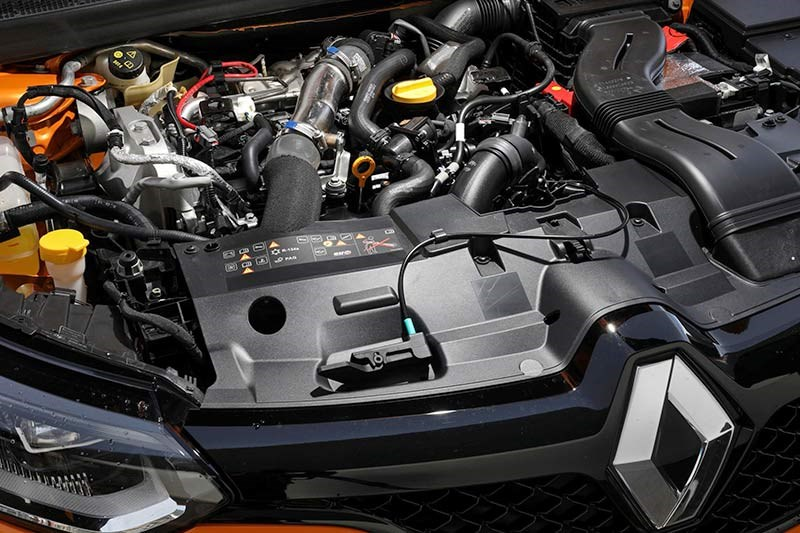 renault megane engine bay