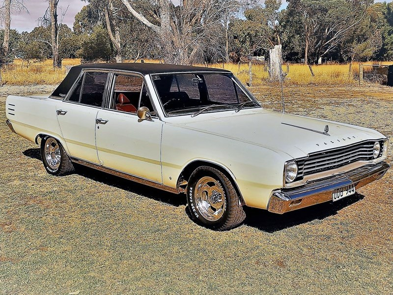 Chrysler VE Valiant VIP