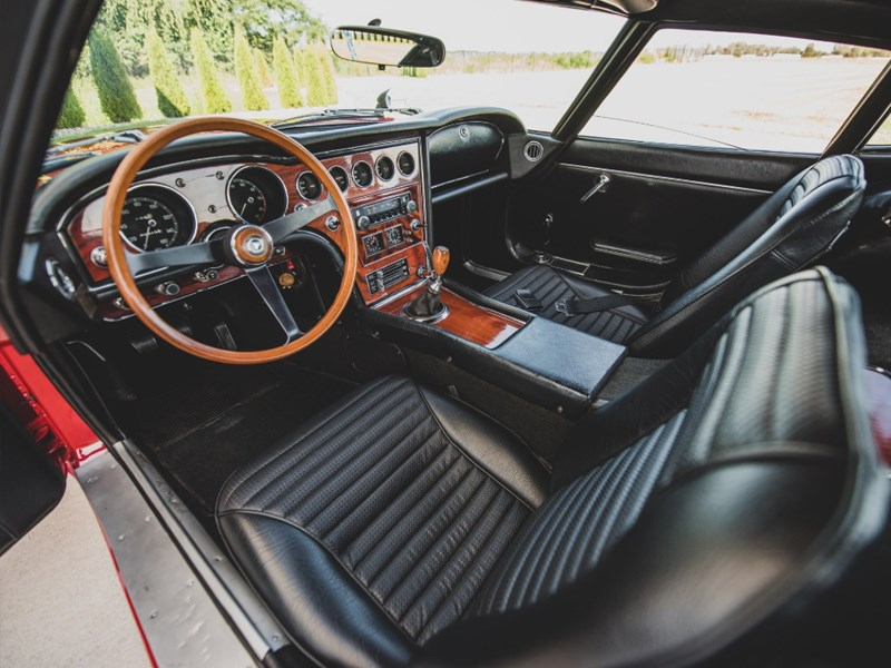 Toyota 2000GT for auction interior