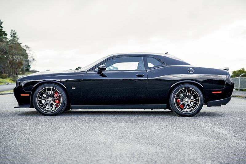 dodge hellcat side