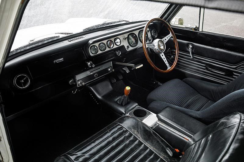 lotus cortina interior 2