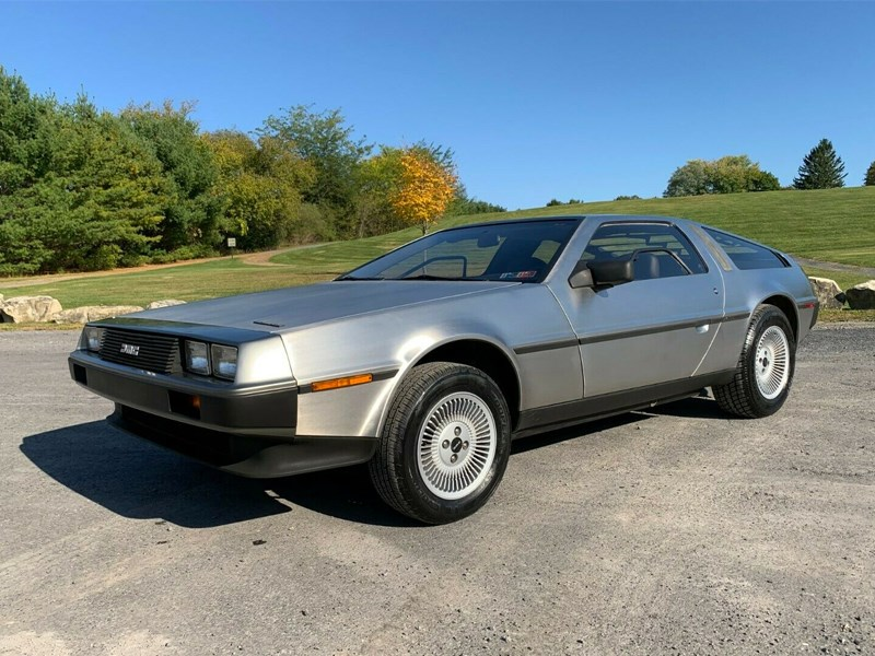 1200 mile delorean front side