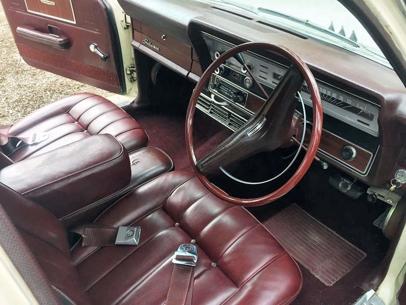 ZC Fairlane interior