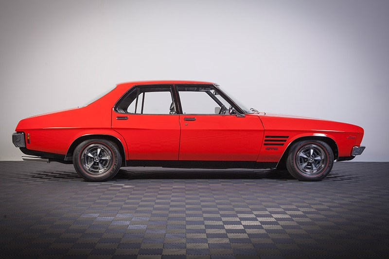 holden hq resto 63