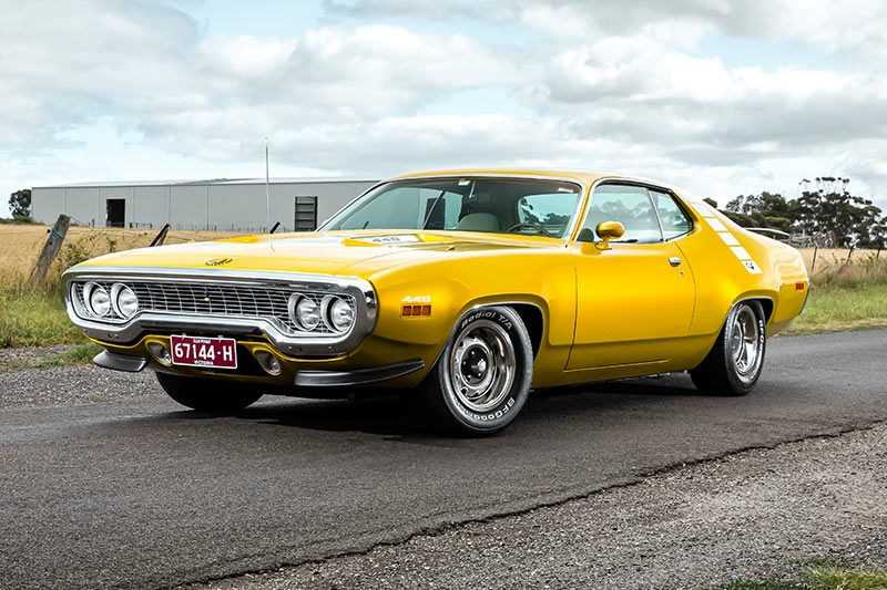 plymouth road runner 1