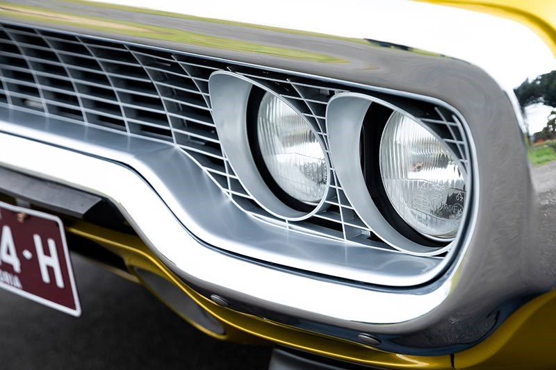 plymouth road runner headlights