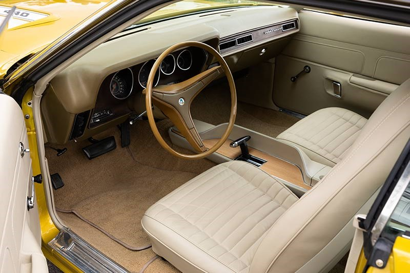 plymouth road runner interior 2