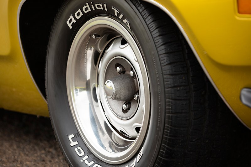 plymouth road runner wheel