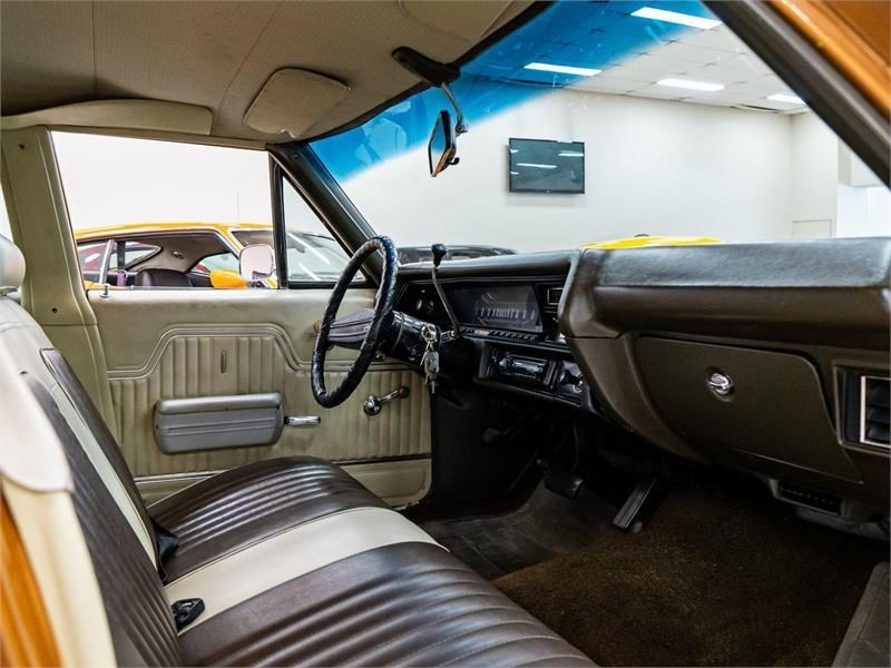 1972 Chevy Chevelle interior front