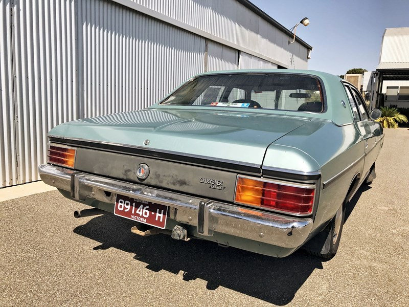 CM Valiant rear side