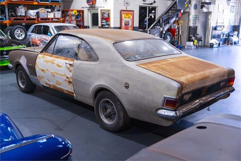HG Monaro rear side