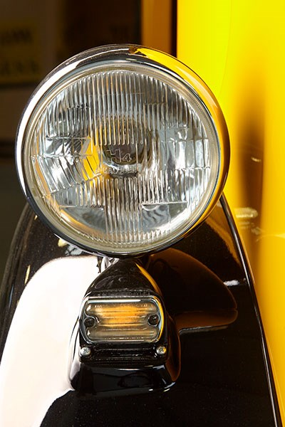 morris j van headlight