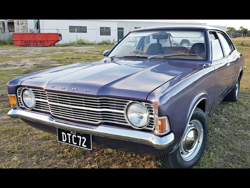 Ford Cortina TC front side