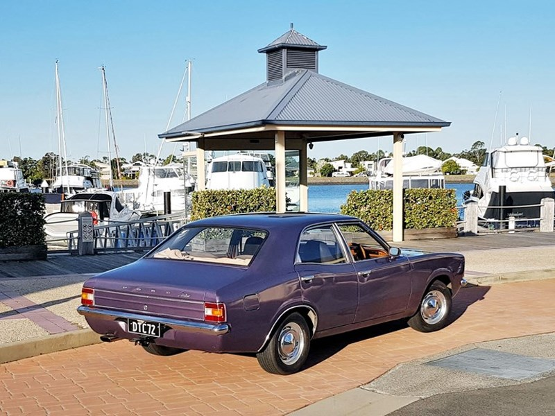 Ford Cortina TC rear side