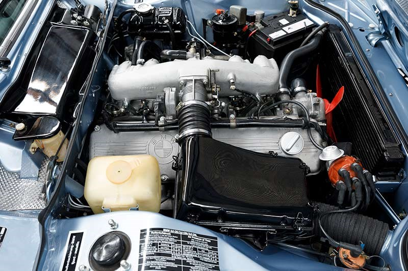 bmw coupe engine bay 7