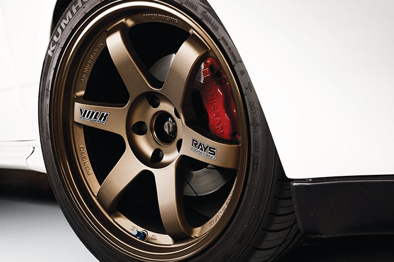 nissan skyline gtr wheel