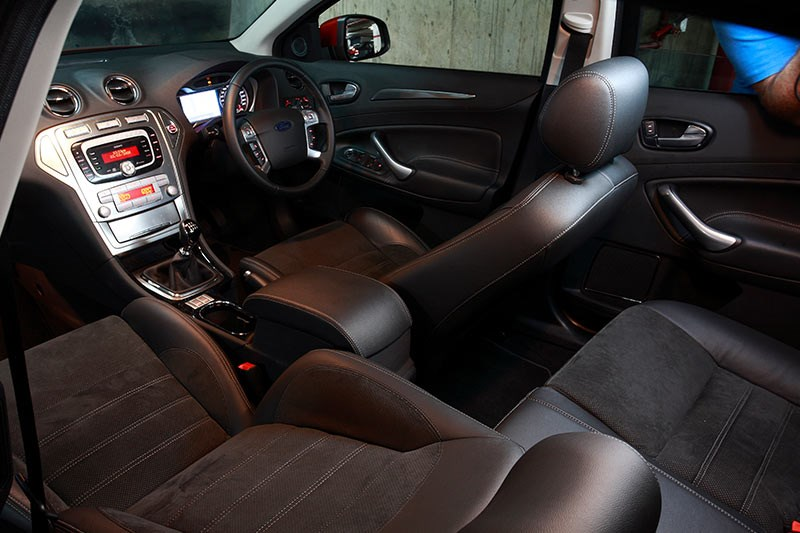 ford xr5 turbo interior