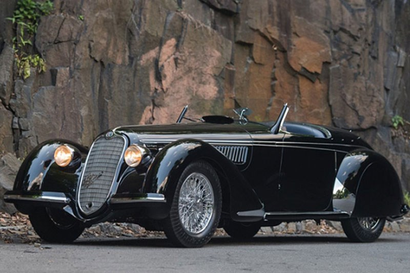 1939 Alfa Romeo 8C 2900B Lungo Spider sold for $19,800,000