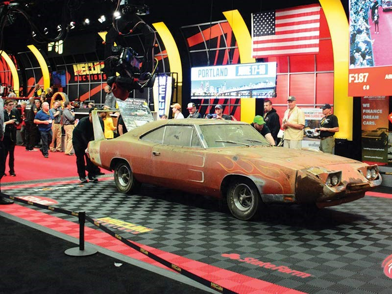 1969 barn find charger daytona 440 sale mecum auction kissimmee 2016