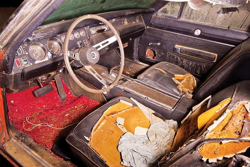 1969 dodge charger daytona barn find interior