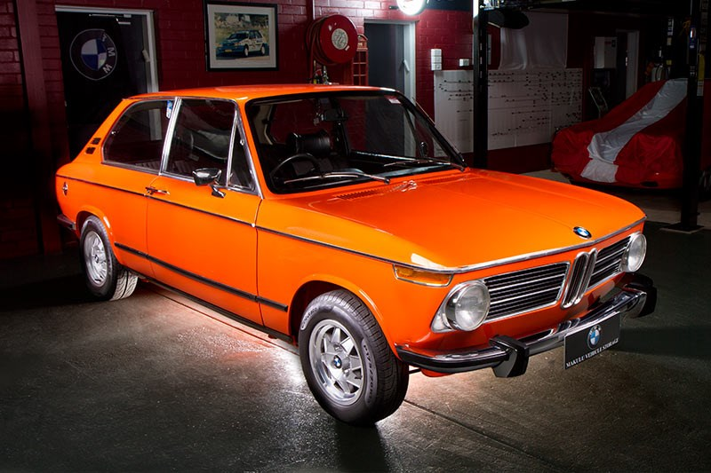 BMW 2002 front side