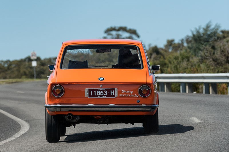 BMW 2002 rear onroad