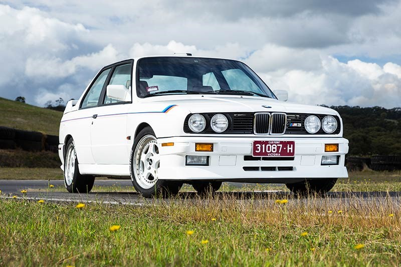 BMW E30 M3 white main