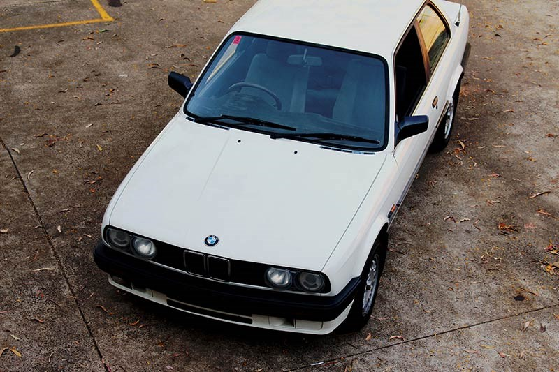 BMW E30 top view