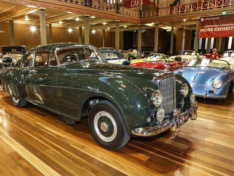 Bentley R-Type Continental sold for $1,060,000