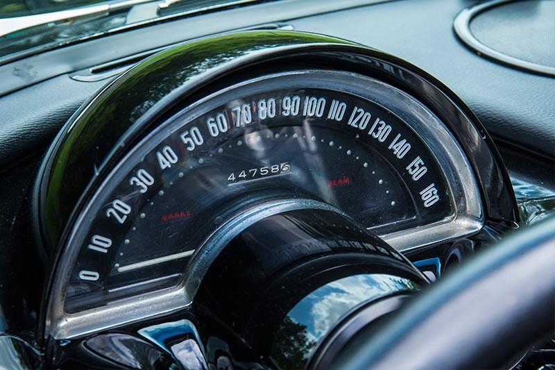 Chevrolet Corvette C1 speedometer