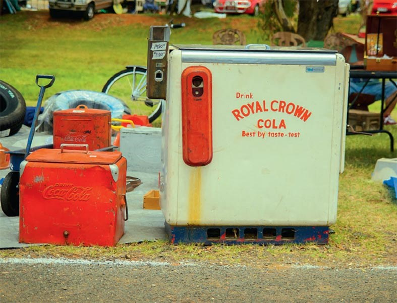 Old drink coolers are big news for collectors world wide